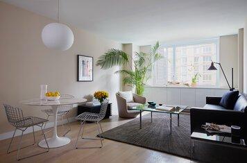 Online design Contemporary Living Room by Shamus M. thumbnail