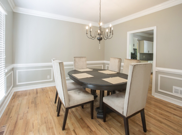 Online design Transitional Dining Room by Ashley H. thumbnail
