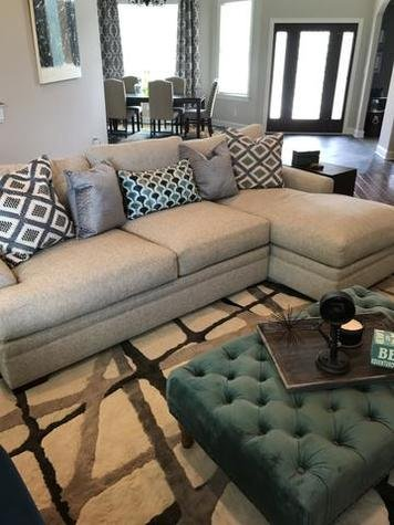 Online design Transitional Living Room by Brooke M. thumbnail