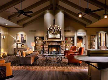 Online design Traditional Living Room by Morgan W. thumbnail