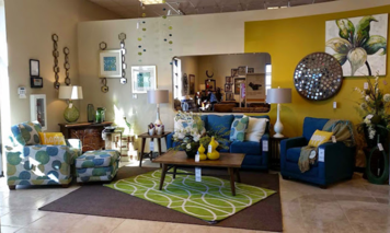 Online design Transitional Living Room by Shaina M. thumbnail