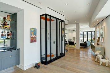 Online design Modern Hallway/Entry by susan w. thumbnail