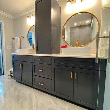 Online design Contemporary Bathroom by Alissa A. thumbnail