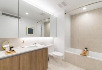 Online design Contemporary Bathroom by Nazeli I. thumbnail