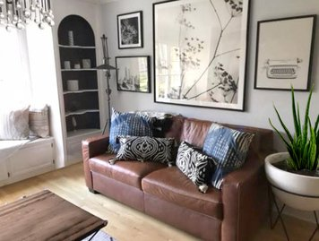 Online design Eclectic Living Room by Sonia C. thumbnail