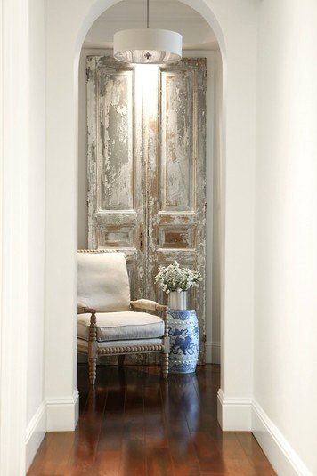 Online design Traditional Hallway/Entry by Wanda P. thumbnail