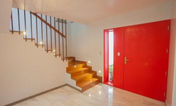 Online design Contemporary Hallway/Entry by Mirella R. thumbnail