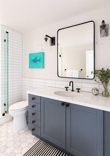 Online design Modern Bathroom by Caity H. thumbnail