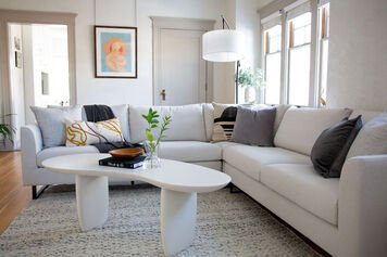 Online design Contemporary Living Room by Alyssa H. thumbnail