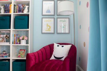Online design Contemporary Bedroom by Deidre B. thumbnail