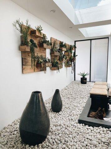 Online design Modern Hallway/Entry by Ashly C. thumbnail