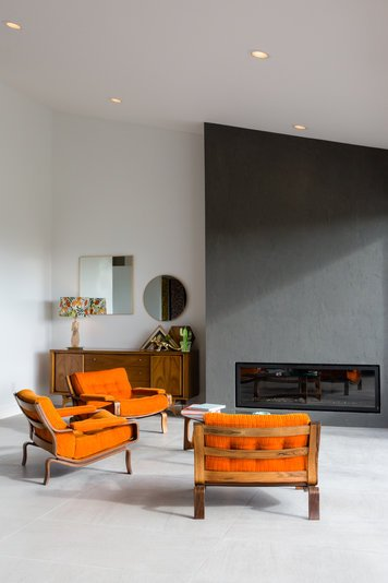 Online design Eclectic Living Room by Sara S. thumbnail
