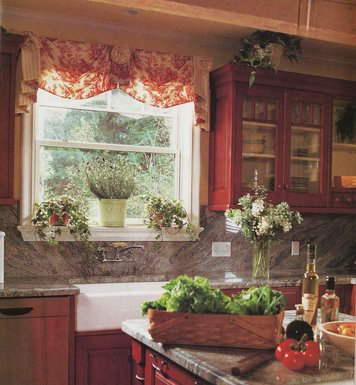 Online design Traditional Kitchen by Shelley A. thumbnail