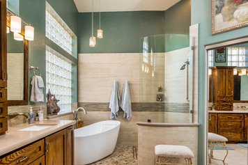Online design Traditional Bathroom by Emily E. thumbnail