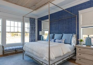 Online design Contemporary Bedroom by Tammy M. thumbnail