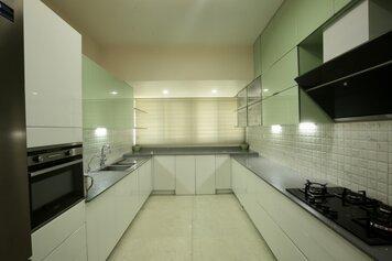 Online design Modern Kitchen by Anup T. thumbnail