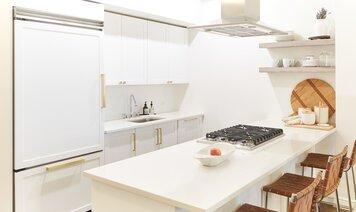Online design Modern Kitchen by Samantha T. thumbnail