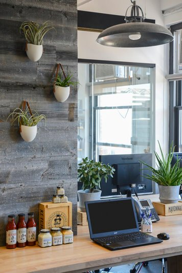 Online design Modern Business/Office by Lorenzo C. thumbnail