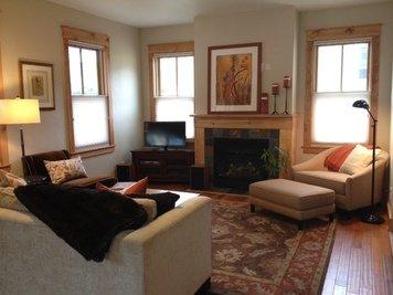 Online design Transitional Living Room by Lisa D. thumbnail