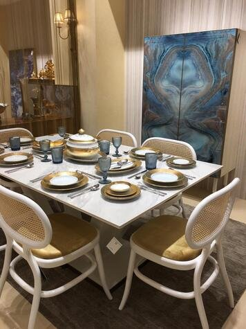 Online design Modern Dining Room by Nora B. thumbnail