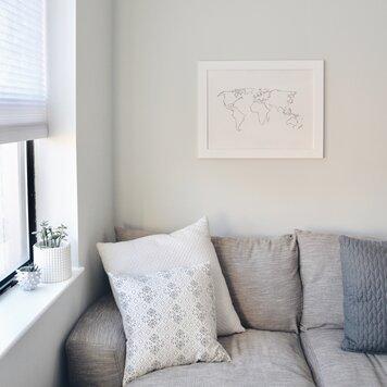 Online design Modern Living Room by Sarah N. thumbnail