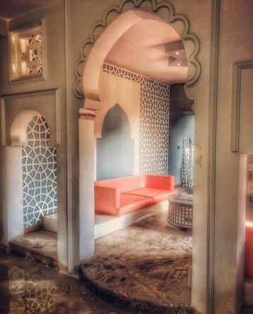 Online design Traditional Hallway/Entry by Ahmed E. thumbnail