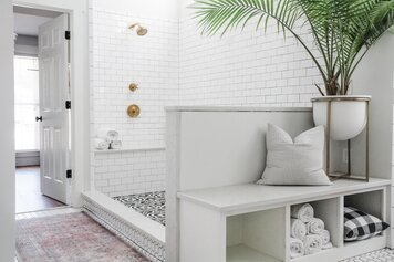 Online design Beach Bathroom by Casey H. thumbnail