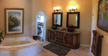 Online design Eclectic Bathroom by Lindsay D. thumbnail