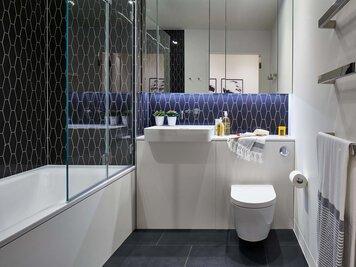 Online design Modern Bathroom by Monika V. thumbnail