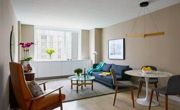 Online design Eclectic Living Room by Shamus M. thumbnail