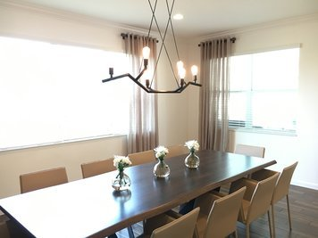 Online design Contemporary Dining Room by Heidy F. thumbnail