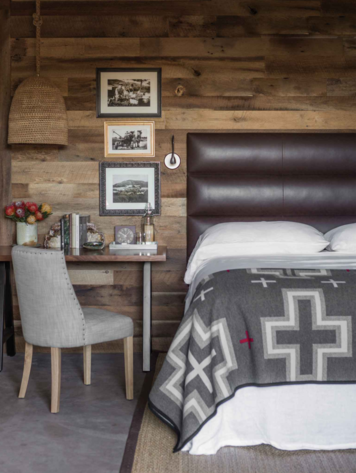 Online design Country/Cottage Bedroom by Rosela B.  thumbnail