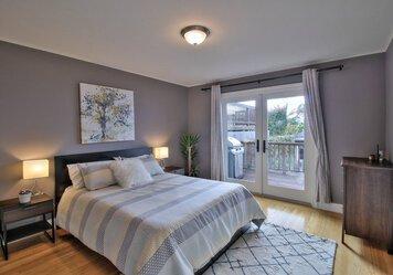 Online design Modern Bedroom by Sean J. thumbnail