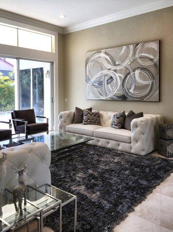 Online design Modern Living Room by Theresa G. thumbnail