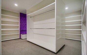 Online design Modern Bedroom by Jessica C. thumbnail