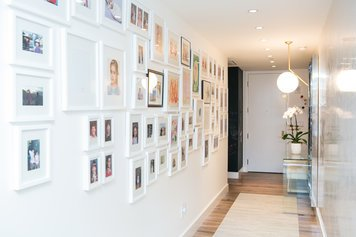 Online design Modern Hallway/Entry by Lindsay B. thumbnail