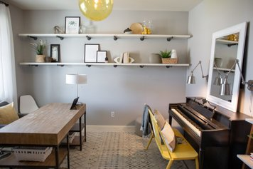 Online design Contemporary Home/Small Office by Alyssa H. thumbnail