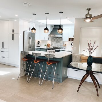 Online design Modern Kitchen by Krystyna A. thumbnail