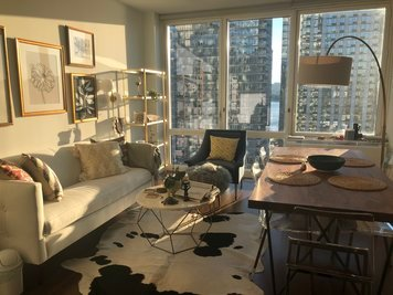 Online design Eclectic Living Room by Nicolle E. thumbnail