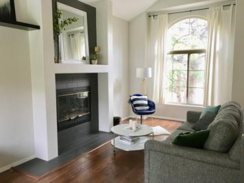 Online design Transitional Living Room by Alyssa H. thumbnail