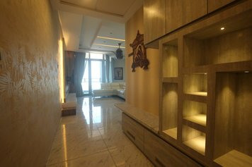 Online design Modern Hallway/Entry by Anup T. thumbnail