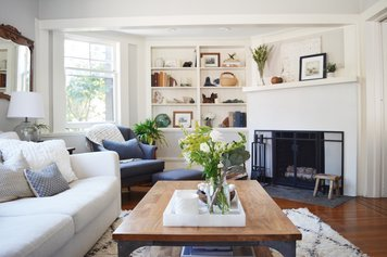 Online design Transitional Living Room by Angela S. thumbnail