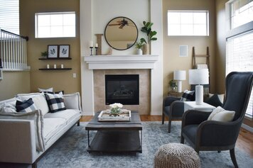 Online design Traditional Living Room by Alyssa H. thumbnail