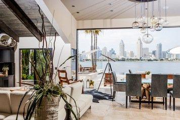Online design Modern Living Room by Sonia C. thumbnail
