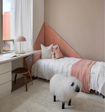 Online design Glamorous Bedroom by Gianna M. thumbnail