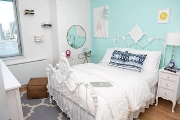 Online design Modern Kids Room by Lindsay B. thumbnail