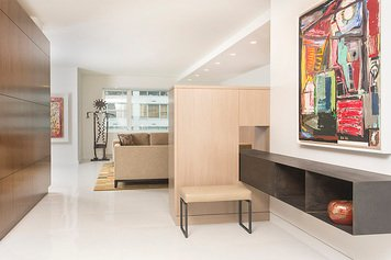 Online design Contemporary Hallway/Entry by susan w. thumbnail
