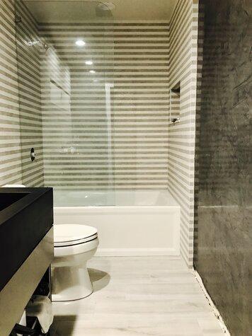 Online design Modern Bathroom by Ashley H. thumbnail