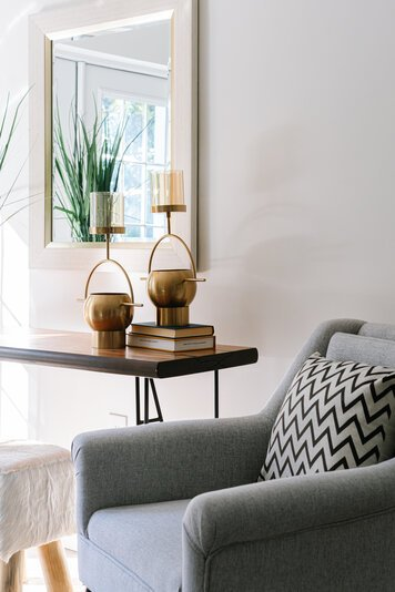 Online design Transitional Living Room by Carla A. thumbnail