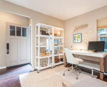 Online design Eclectic Home/Small Office by Gwendolyn G. thumbnail